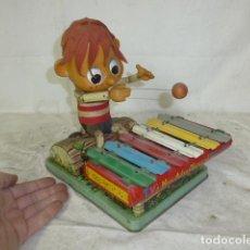 Brinquedos antigos de folha-de-Flandres: ANTIGUO JUGUETE DE HOJALATA DE JAPON, PINOCHO CON CHILOFONO, ORIGINAL JAPONES.. Lote 158862138