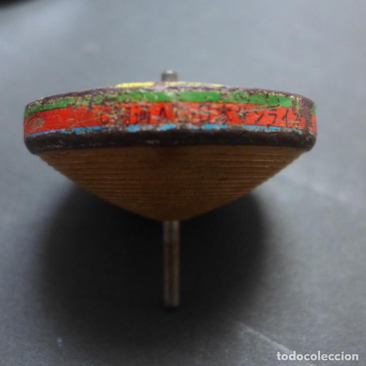 Juguetes antiguos de hojalata: Peonza manga. Hojalata y plástico. Japon. Año 1980?. - Foto 2 - 159333550