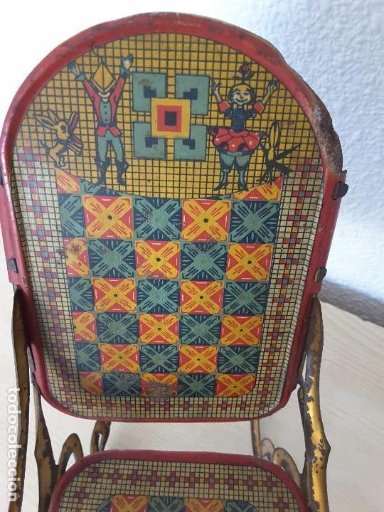 Juguetes antiguos de hojalata: Mecedora grande de Picó y Cía 30,s - Foto 7 - 129313299