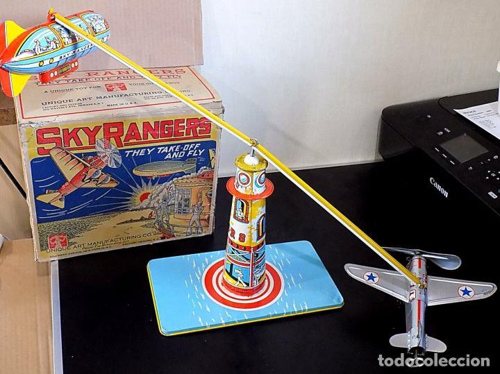 Juguetes antiguos de hojalata: ANTIGUO HOJALATA TORRE CONTROL AVION DIRIGIBLE CAJA. MUSEO Sky Rangers Juguete, Unique Art 2600 e - Foto 2 - 162903466