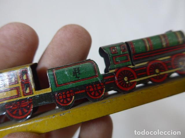 Juguetes antiguos de hojalata: Antiguo tren de hojalata de Paya original, de principios siglo XX. - Foto 13 - 164630026