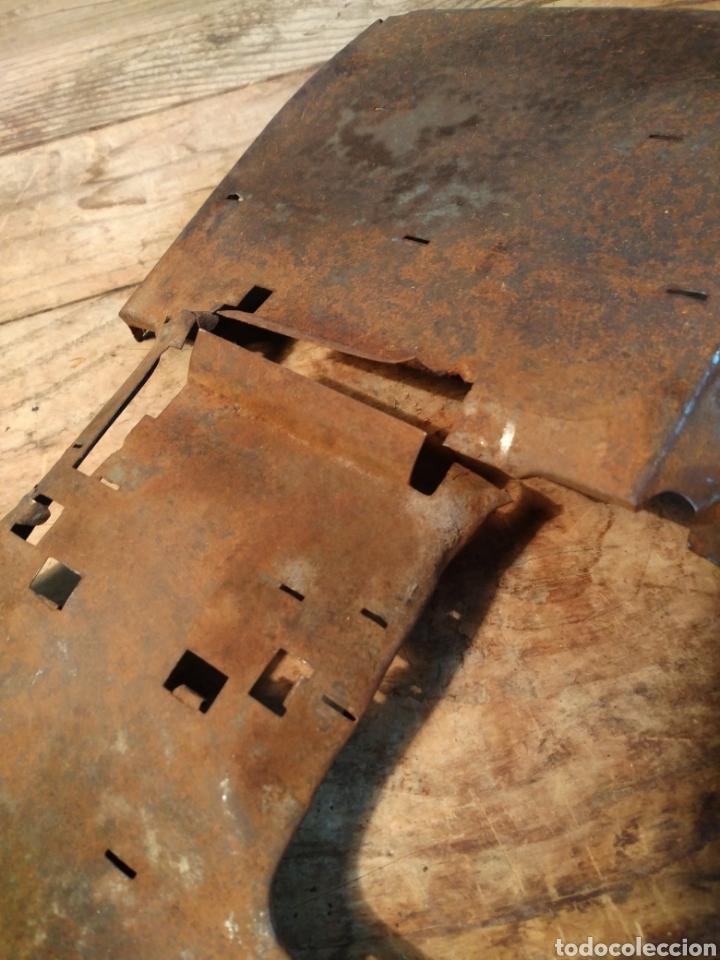 Juguetes antiguos de hojalata: Suelo carrocería Guagua Rico años 30 - Foto 3 - 165539714