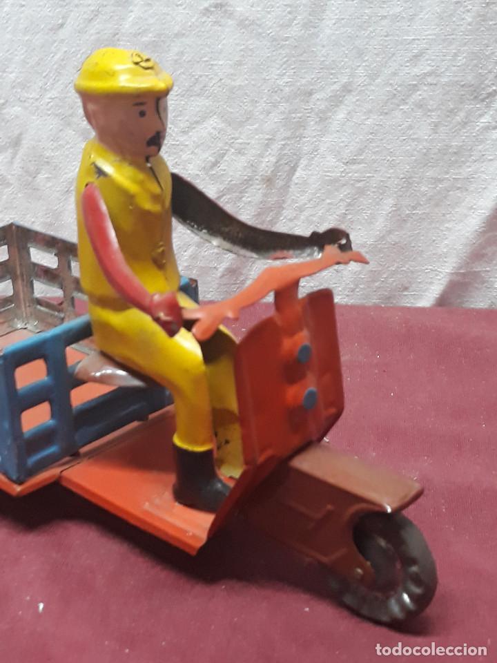 Juguetes antiguos de hojalata: MOTOCARRO...JUGUETE DE CHAPA... AÑOS 70 - Foto 4 - 165687582