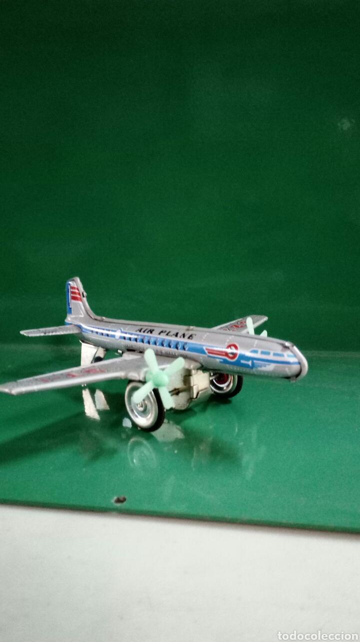 Juguetes antiguos de hojalata: Acion de Friccion Air plane - Foto 3 - 167825536