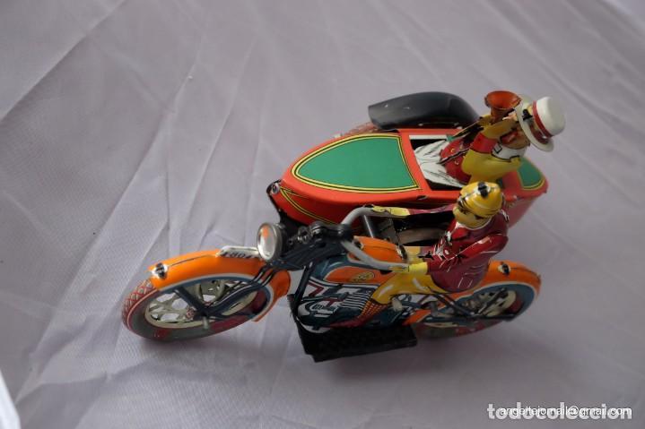 Juguetes antiguos de hojalata: Tres juguetes de hojalata, edición año 2000. - Foto 6 - 168813980