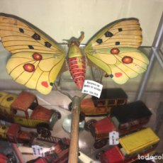 Juguetes antiguos de hojalata: MARIPOSA DE HOJALATA DE RICO. Lote 168988446