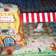 Juguetes antiguos de hojalata: ANIMAL HOUSE. BALANCIN HOJALATA. JUGUETE ANTIGUO MADE IN JAPAN. TPS. NO MODERN TOYS, ALPS. Lote 171513663