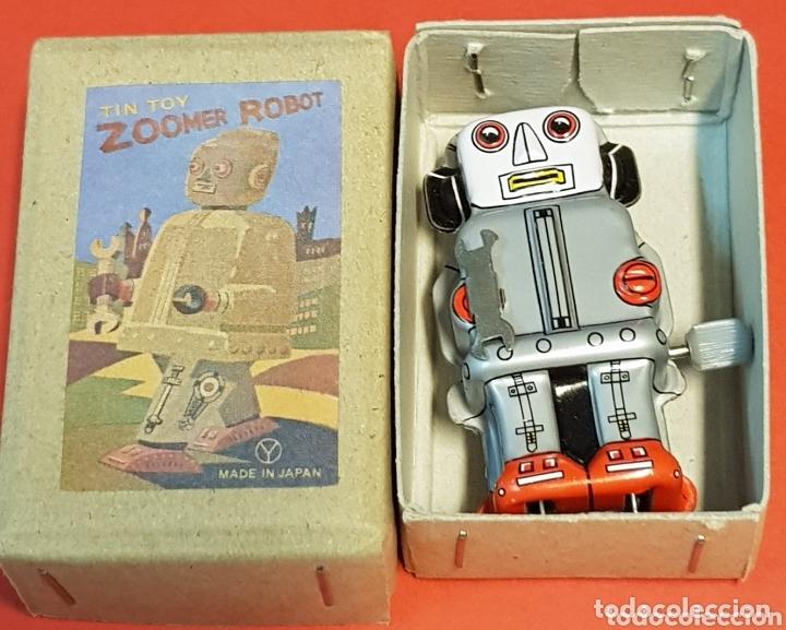 Juguetes antiguos de hojalata: MINI ROBOT DE HOJALATA CUERDA - Foto 3 - 172123732