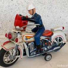 Juguetes antiguos de hojalata: MOTO POLICE MODERN TOYS MADE IN JAPAN HOJALATA. Lote 172345793