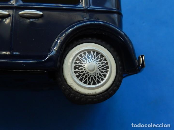 Juguetes antiguos de hojalata: Coche. ¿Mercedes Benz 460 Pullman? N - 1929. - Foto 15 - 172416738