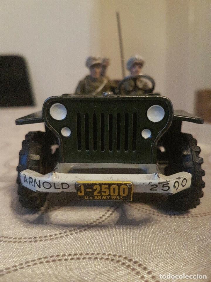Juguetes antiguos de hojalata: antiguo coche hojalata Arnold Militär Jeep Made in Western Germany 17 cm. 980,00 € - Foto 4 - 172630759