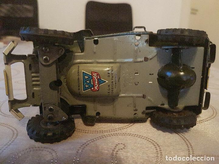 Juguetes antiguos de hojalata: antiguo coche hojalata Arnold Militär Jeep Made in Western Germany 17 cm. 980,00 € - Foto 7 - 172630759