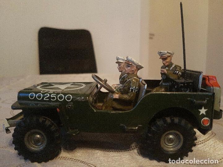 Juguetes antiguos de hojalata: antiguo coche hojalata Arnold Militär Jeep Made in Western Germany 17 cm. 980,00 € - Foto 12 - 172630759
