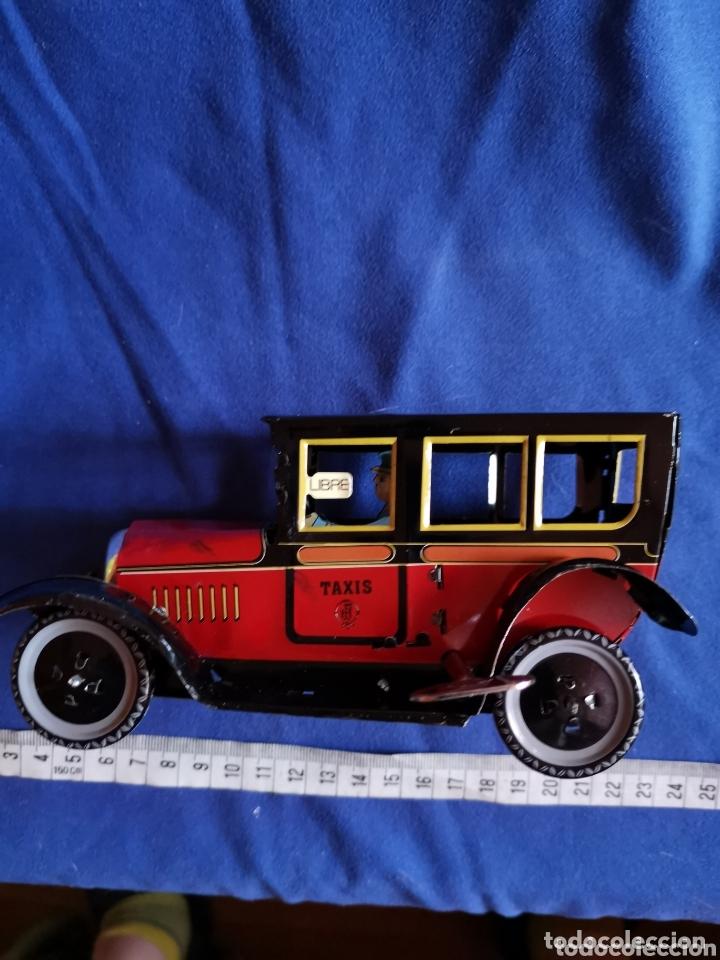 Juguetes antiguos de hojalata: Taxi de hojalata - Foto 2 - 172789038