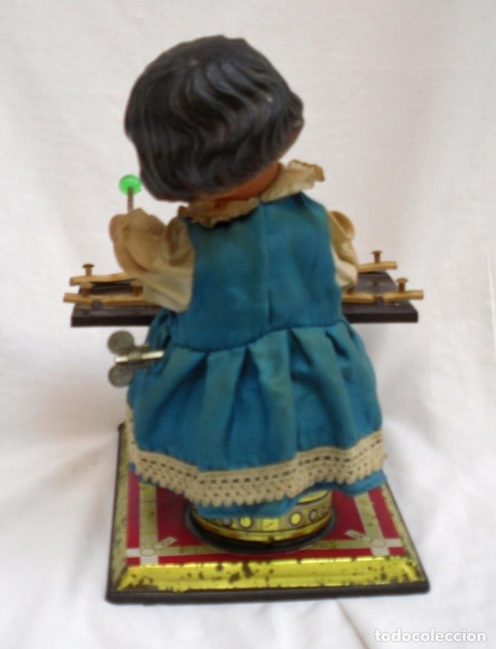 Juguetes antiguos de hojalata: juguete de hojalata made en china de los años 70 - Foto 3 - 173037124