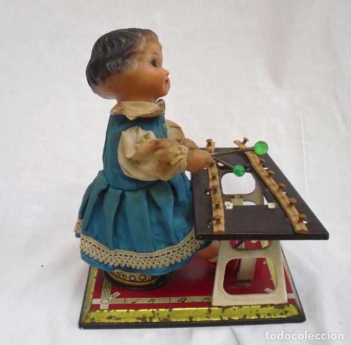 Juguetes antiguos de hojalata: juguete de hojalata made en china de los años 70 - Foto 4 - 173037124