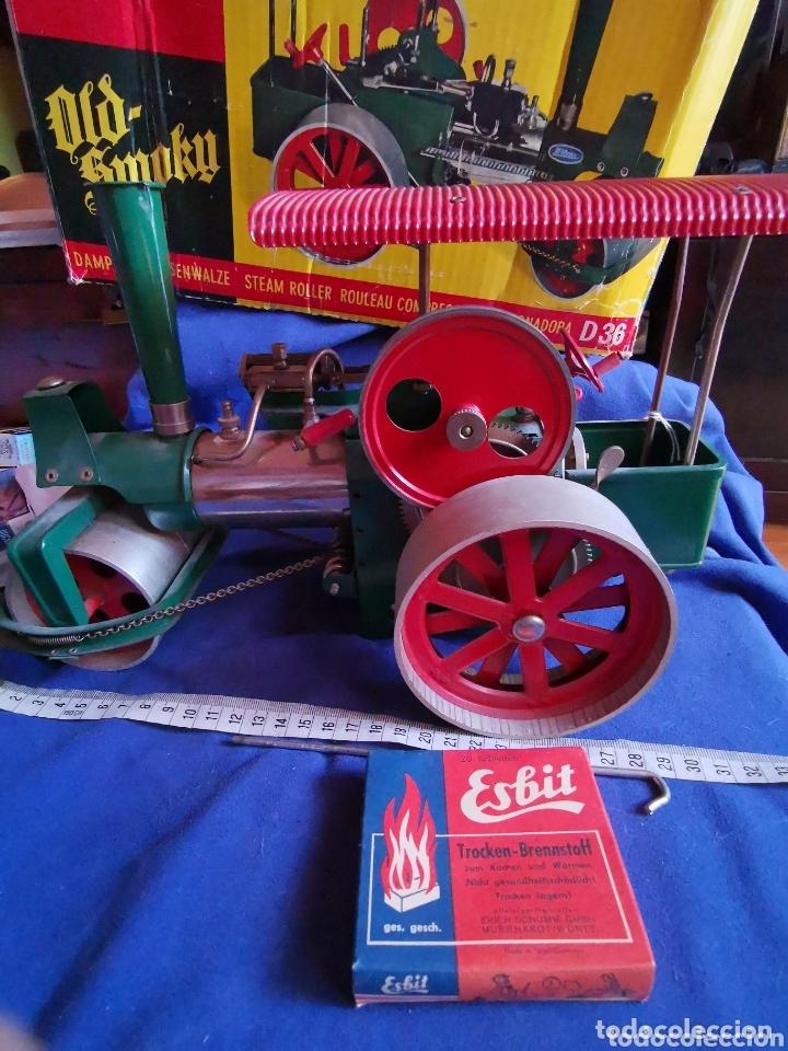 Juguetes antiguos de hojalata: Apisonadora a vapor wilesco - Foto 3 - 174254705