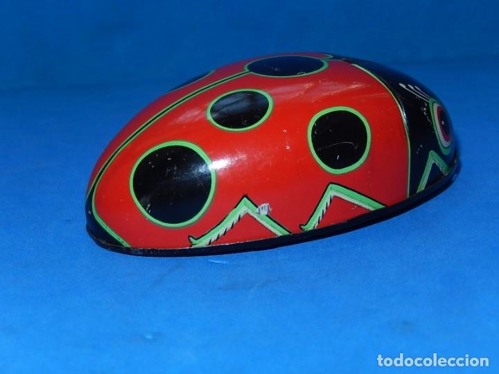 Juguetes antiguos de hojalata: Mariquita de hojalata. Fabricada en Japón. - Foto 5 - 175507103