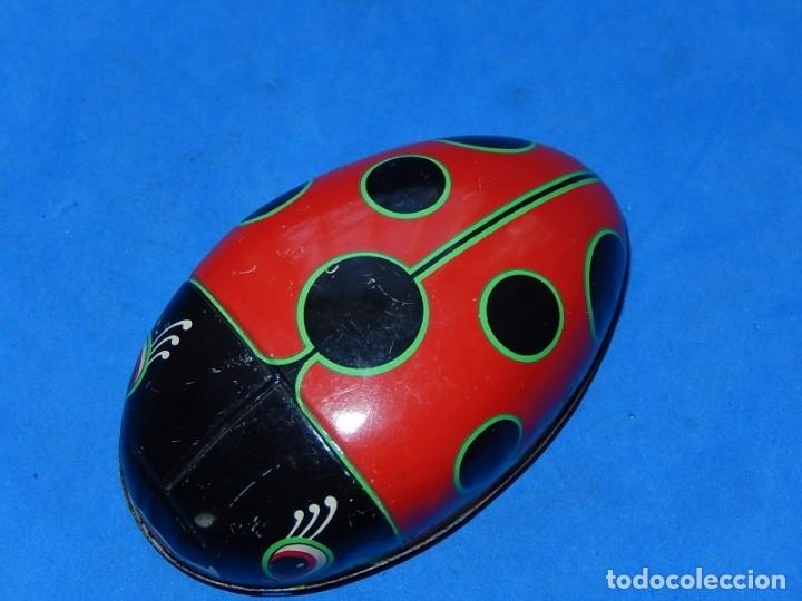 Juguetes antiguos de hojalata: Mariquita de hojalata. Fabricada en Japón. - Foto 7 - 175507103
