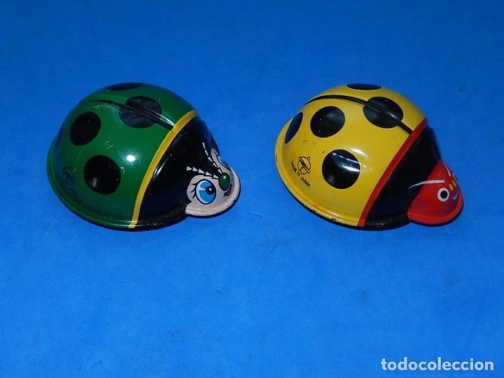 Juguetes antiguos de hojalata: Dos mariquitas de hojalata. Fabricadas en Japón. - Foto 2 - 175507443