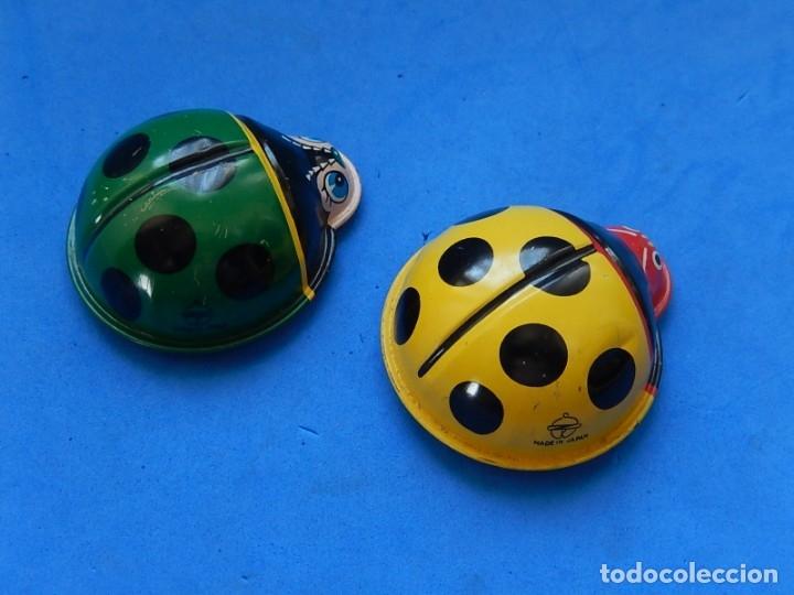 Juguetes antiguos de hojalata: Dos mariquitas de hojalata. Fabricadas en Japón. - Foto 7 - 175507443