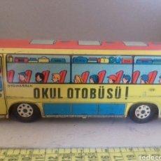 Juguetes antiguos de hojalata: AUTOBÚS OTOMARSAN OKUL OTOBUSU GUREL. Lote 175523883