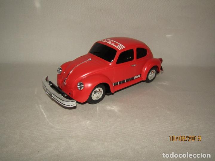 Juguetes antiguos de hojalata: Antiguo Volskswagen Beetle Eléctrico de MASUDAYA Fabricado en Japón - Año 1960-70s. - Foto 6 - 176304284