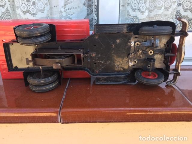 Juguetes antiguos de hojalata: CAMION VEBE ROJO - Foto 17 - 176487707