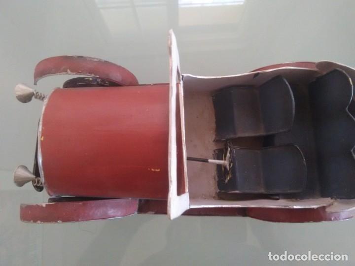 Juguetes antiguos de hojalata: Coche Chevrolet 1927 - Foto 10 - 176629902