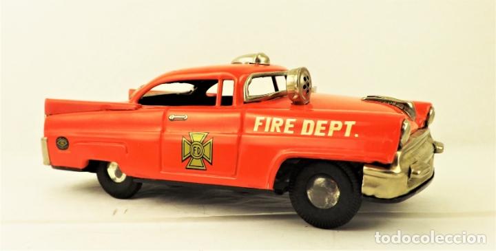 Juguetes antiguos de hojalata: Masudaya (Modern Toys) Coche de bomberos - Foto 5 - 176723828