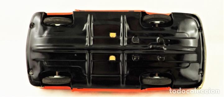 Juguetes antiguos de hojalata: Masudaya (Modern Toys) Coche de bomberos - Foto 8 - 176723828