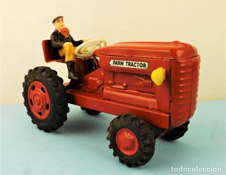 Juguetes antiguos de hojalata: Antiguo tractor made in Japan - Foto 3 - 176778604
