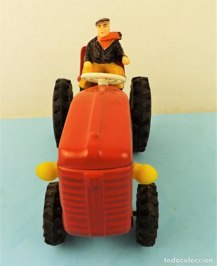 Juguetes antiguos de hojalata: Antiguo tractor made in Japan - Foto 5 - 176778604