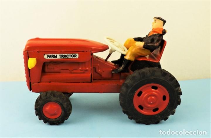 Juguetes antiguos de hojalata: Antiguo tractor made in Japan - Foto 6 - 176778604