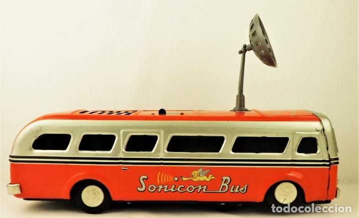 Juguetes antiguos de hojalata: Bus Sonicon Masudaya original - Foto 5 - 176778883