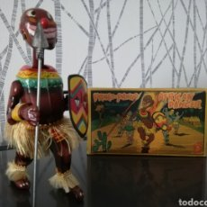 Juguetes antiguos de hojalata: JUGUETE CUERDA ANTIGUO PANGO PANGO. Lote 176967608
