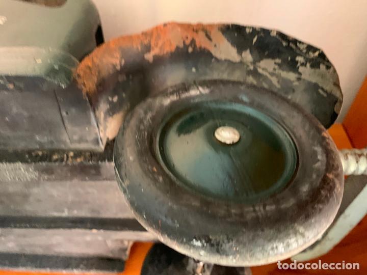 Juguetes antiguos de hojalata: CAMION MERCEDES L-6600 DE 1949 86 CMS MADERA DENIA BARCELONA - Foto 22 - 178111732