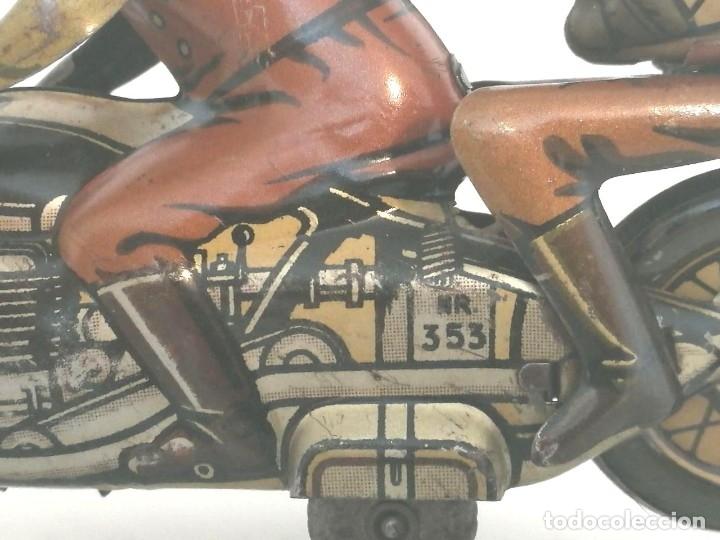 Juguetes antiguos de hojalata: Antigua moto alemana a cuerda CKO KELLERMANN, SOCIUS 353. Buen estado. Funcionamiento perfecto. - Foto 7 - 180251175