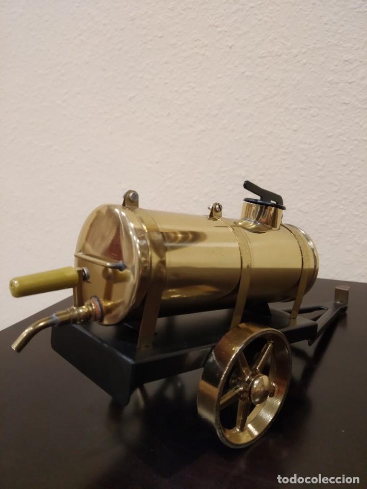 Juguetes antiguos de hojalata: APISONADORA A VAPOR OLD SMOKY D366 + CARRO REMOLQUE DE AGUA A386 -WILESCO- - Foto 17 - 181006782