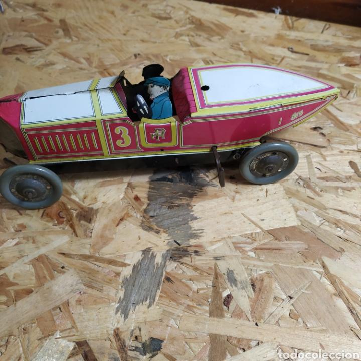 Juguetes antiguos de hojalata: 2 coches históricos de paya - Foto 12 - 182175925