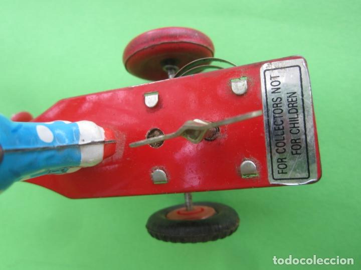 Juguetes antiguos de hojalata: payaso de lata , a cuerda , patinador sobre triciclo para coleccion , , años 90 - Foto 6 - 182211171