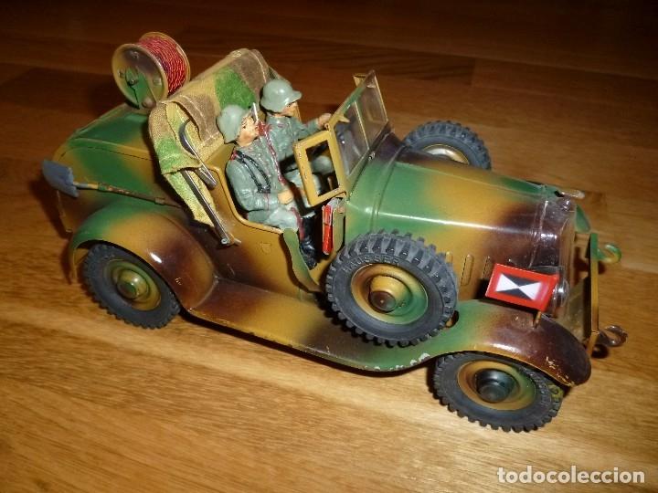 Juguetes antiguos de hojalata: Hausser Elastolin coche vehículo militar de hojalata original años 30 transmisiones no Lineol - Foto 2 - 182572468