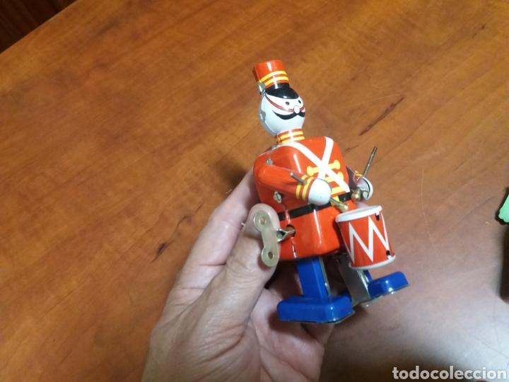 Juguetes antiguos de hojalata: lote juguetes de lata. - Foto 2 - 182897157