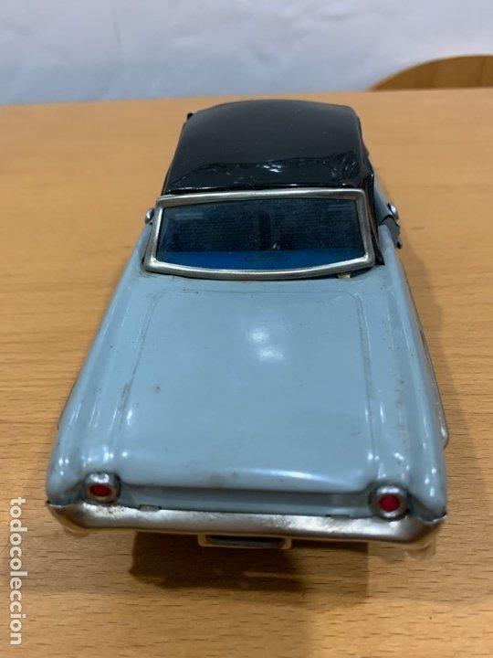Juguetes antiguos de hojalata: MF 830 OLDSMOBILE TIN TOY CAR MADE IN CHINA AÑOS 60 - Foto 5 - 183019012