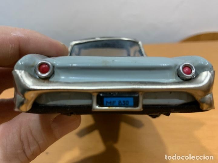 Juguetes antiguos de hojalata: MF 830 OLDSMOBILE TIN TOY CAR MADE IN CHINA AÑOS 60 - Foto 7 - 183019012