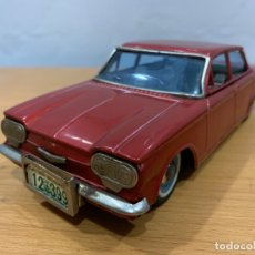 Juguetes antiguos de hojalata: BANDAI CHEVROLET CORVAIR 1961 TIN TOY CAR MADE IN JAPAN. Lote 183019305