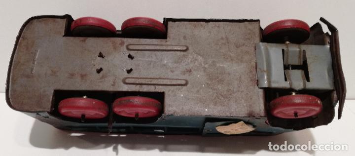 Juguetes antiguos de hojalata: PRECIOSO AUTOCAR FRANCES A CUERDA - FUNCIONANDO - JUGUETE ANTIGUO DE HOJALATA - Foto 8 - 183092530