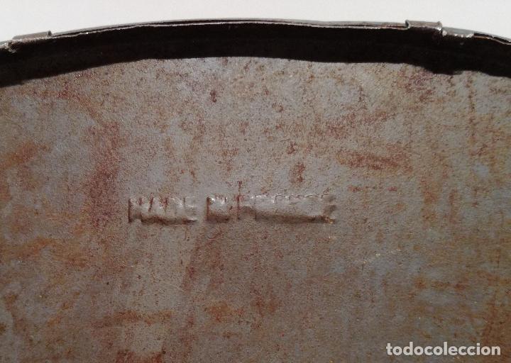 Juguetes antiguos de hojalata: PRECIOSO AUTOCAR FRANCES A CUERDA - FUNCIONANDO - JUGUETE ANTIGUO DE HOJALATA - Foto 9 - 183092530