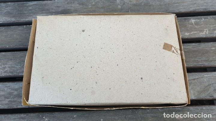 Juguetes antiguos de hojalata: CIRCUITO DE HOJALATA (LATA) MECHANICAL MAGIC CROSS ROAD EN SU CAJA ORIGINAL A CUERDA. FUNCIONA OK. - Foto 8 - 183815088