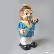 Juguetes antiguos de hojalata: ANTIGUO JUGUETE AUTÓMATA DE LATA DE UN MARINO QUE BEBE MARCA YONEZAWA - CAPTAIN BLUSHWELL. Lote 183841588